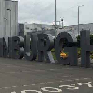 Edinburgh Airport 5 star review on 16th June 2017