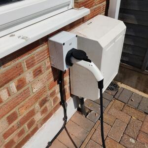 EO Charging 5 star review on 12th July 2021