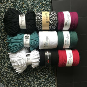 T Shirt Yarn Shop 5 star review on 9th September 2020