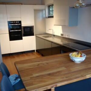 Kitchens & Bedrooms for DIY 5 star review on 16th December 2016