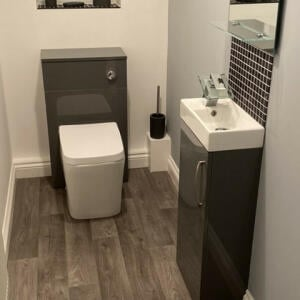 Royal Bathrooms 5 star review on 2nd December 2020