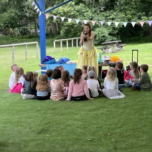 Happy Kinder Parties 5 star review on 4th July 2021