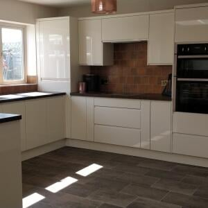 Wren Kitchens 5 star review on 30th August 2020