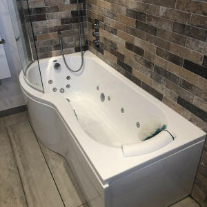 Luna Spas 5 star review on 21st May 2020
