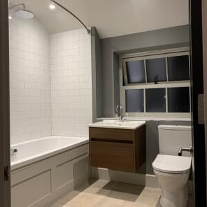 Ergonomic Designs Bathrooms 5 star review on 5th August 2019