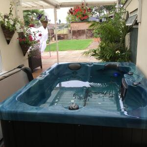 The Hot Tub Company 5 star review on 15th July 2017