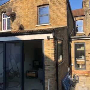 Express Bi Folding Doors Romford 5 star review on 2nd April 2019