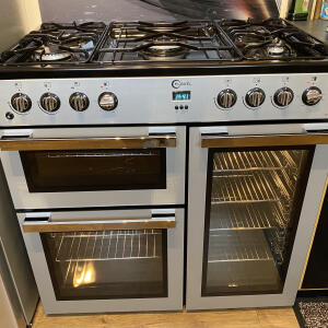 Select Oven Cleaning 5 star review on 8th March 2021
