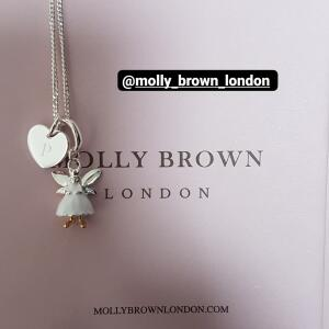 Molly Brown London 5 star review on 1st July 2021