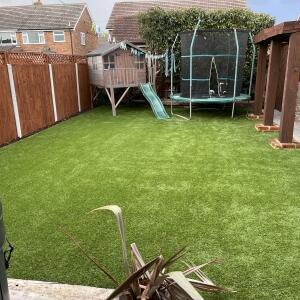 Easigrass Distribution Ltd 5 star review on 13th March 2021