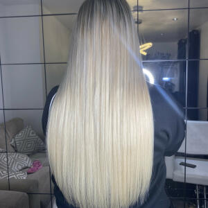 SimplyHair 5 star review on 26th May 2021