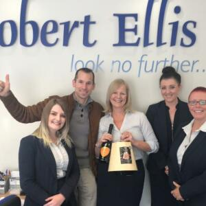 Robert Ellis 5 star review on 23rd October 2019