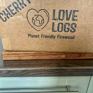 Love Logs 5 star review on 8th October 2021