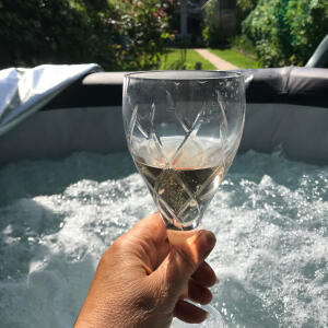 Wave Spas 5 star review on 30th July 2021