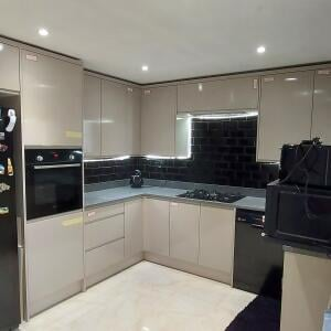 Wren Kitchens 5 star review on 26th July 2021