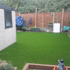 LazyLawn 5 star review on 28th November 2020