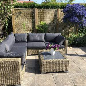Only Oak Furniture 5 star review on 1st June 2020
