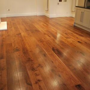 Flooring Surgeons 5 star review on 19th December 2018
