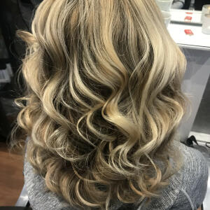 SimplyHair 5 star review on 31st March 2021