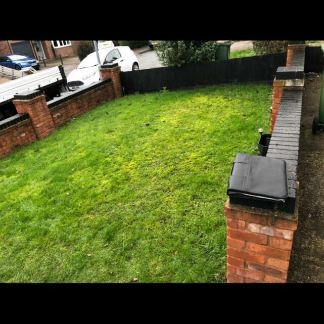Easigrass Distribution Ltd 5 star review on 14th February 2021