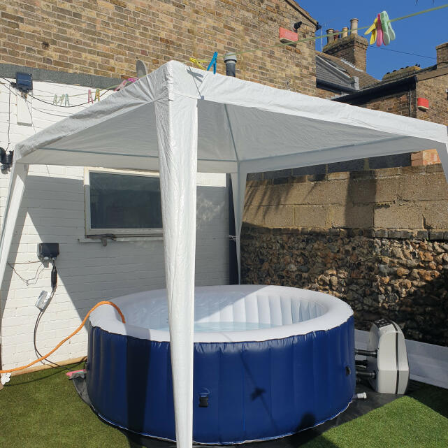Wave Spas 5 star review on 4th April 2021