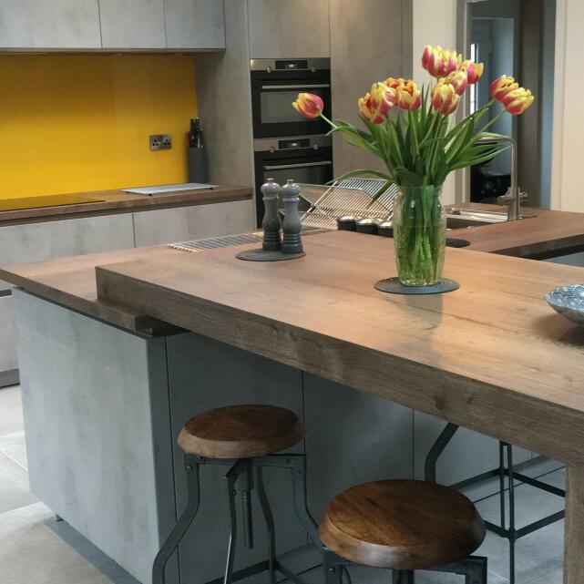 Artisan Interiors Ltd 5 star review on 10th July 2019
