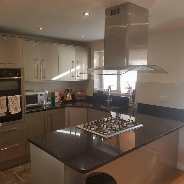 Statement Kitchens 5 star review on 22nd January 2018