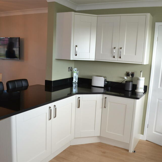 Statement Kitchens 5 star review on 23rd January 2018