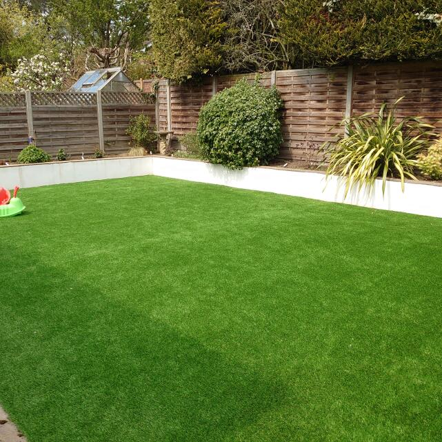 LazyLawn 5 star review on 3rd May 2021