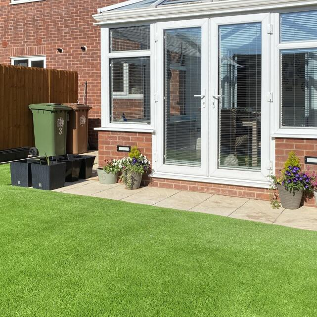 LazyLawn 5 star review on 12th May 2020