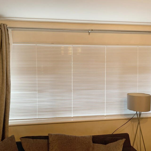 We Love Blinds 5 star review on 14th January 2021