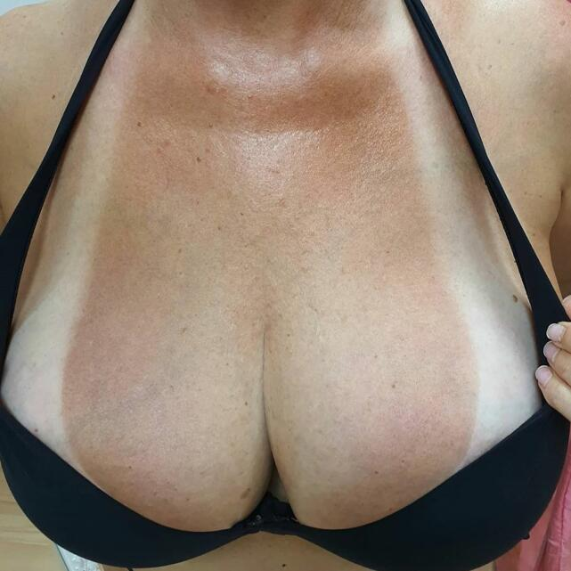 LA Tanning Company 5 star review on 25th January 2021