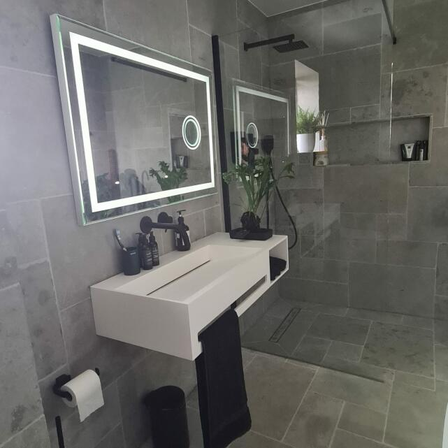 Aquaroc Bathrooms 5 star review on 7th June 2021