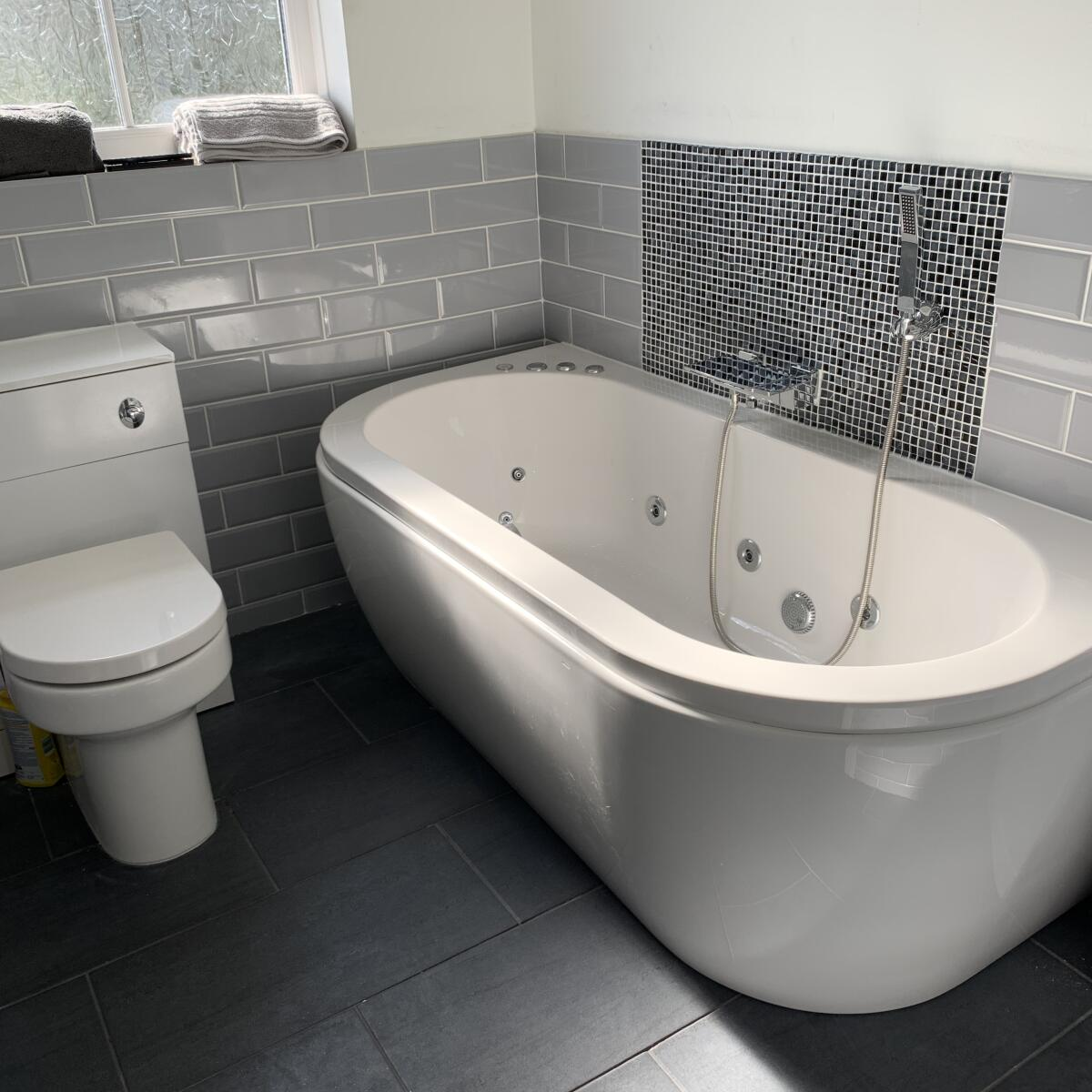 The Whirlpool Bath Shop 5 star review on 16th March 2020