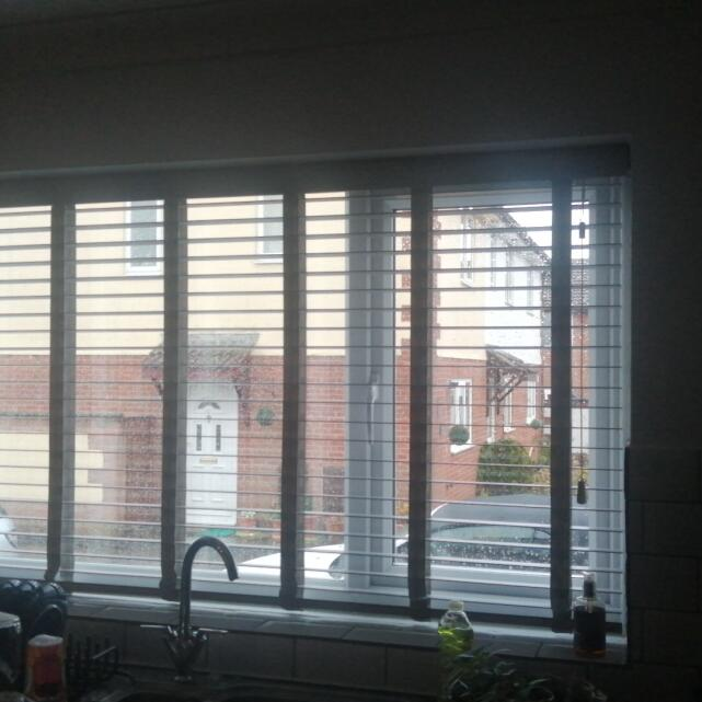 Blinds 2go 5 star review on 28th March 2021