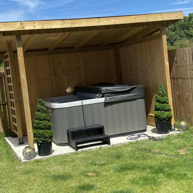 THEHOTTUBWAREHOUSE.CO.UK 5 star review on 29th June 2021