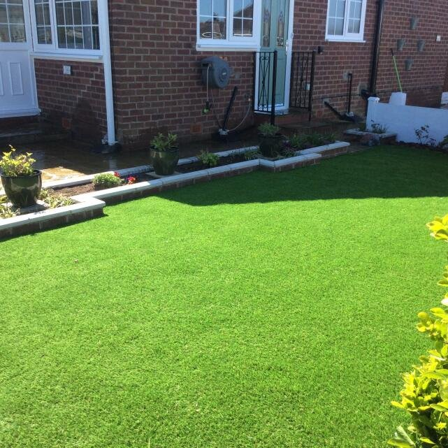 LazyLawn 5 star review on 16th April 2020