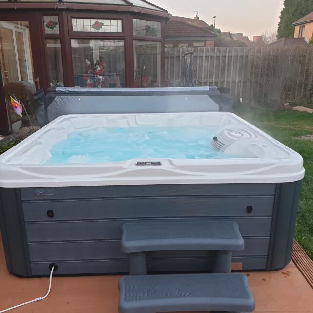 THEHOTTUBWAREHOUSE.CO.UK 5 star review on 5th February 2020