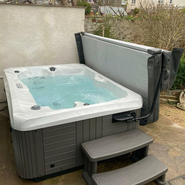 Welsh Hot Tubs 5 star review on 19th January 2021