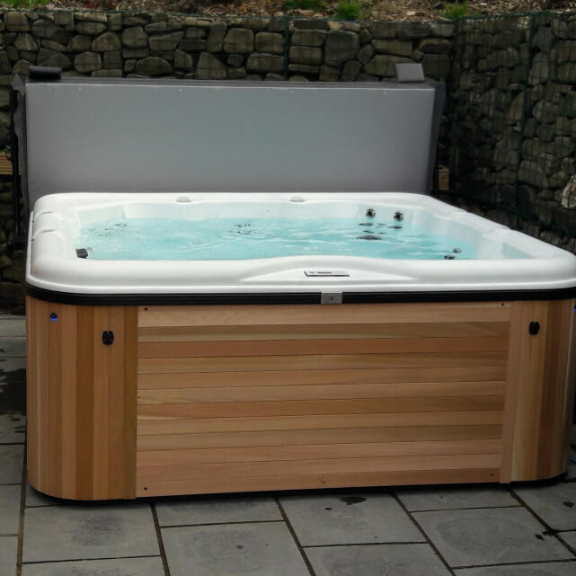 Welsh Hot Tubs 5 star review on 12th January 2021