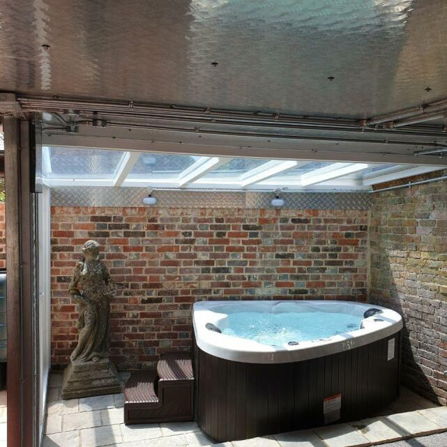 Hot Tubs Hampshire 5 star review on 7th July 2020