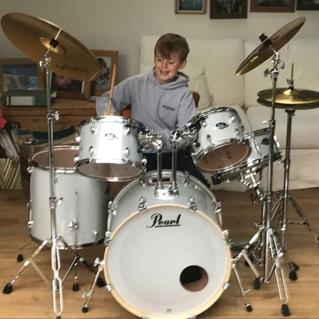 Nottingham Drum and Guitar Centre 5 star review on 14th November 2020