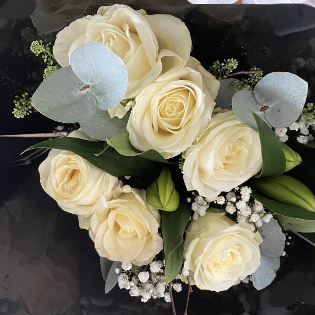 Haute Florist 5 star review on 15th April 2021