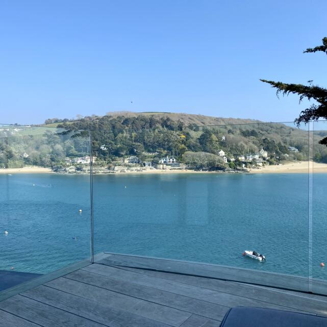 Salcombe Finest 5 star review on 28th April 2021