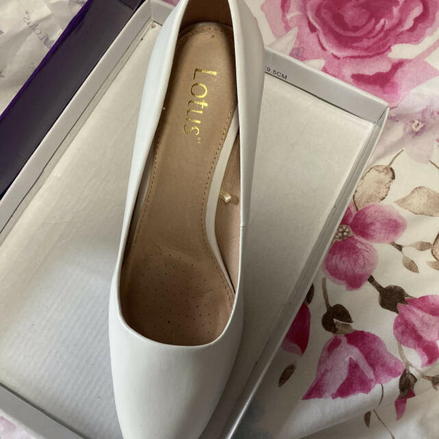 Lotus Shoes 5 star review on 4th February 2021