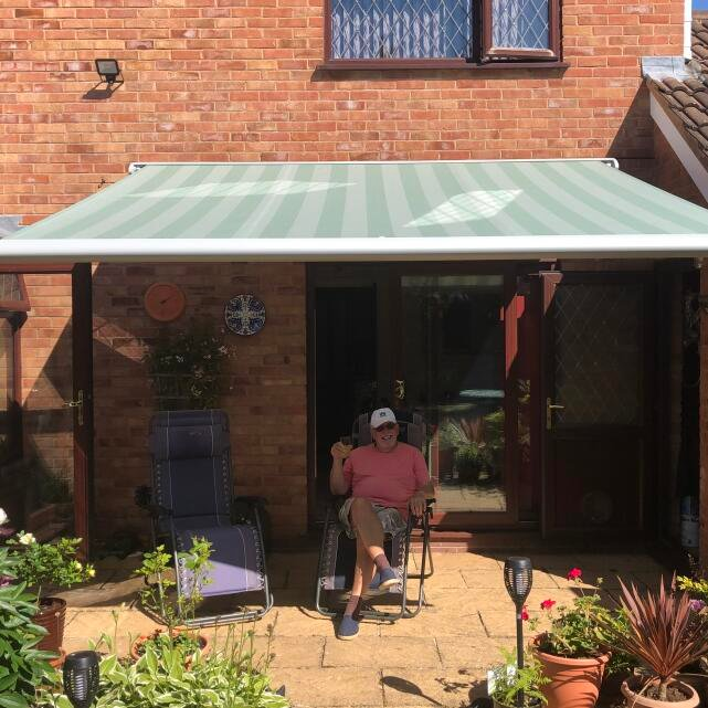 Savills The Awning Company 5 star review on 11th June 2020
