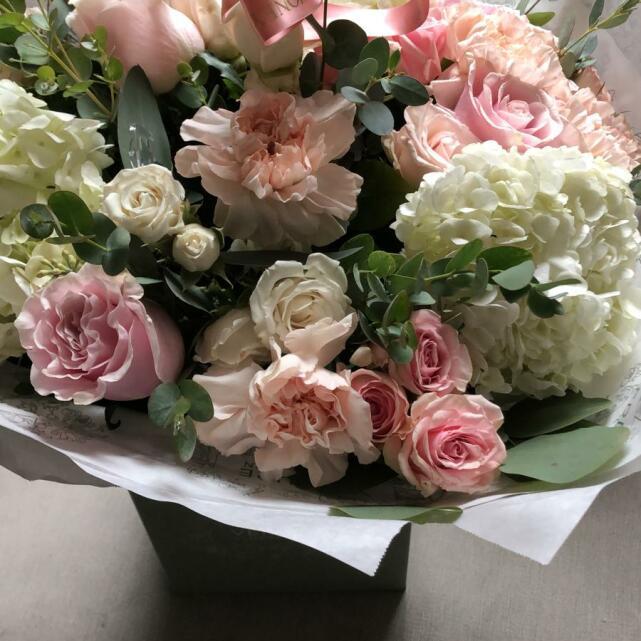 Verdure Floral Design Ltd 5 star review on 5th September 2021