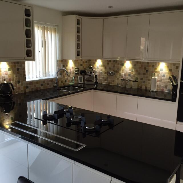 Statement Kitchens 5 star review on 11th May 2020