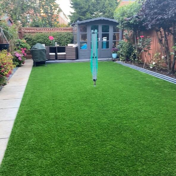 LazyLawn 5 star review on 1st August 2021