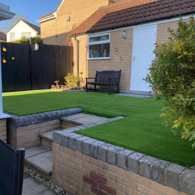 LazyLawn 5 star review on 18th May 2021